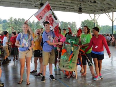 The 2015 Tazewell County maker parade at junior 4-H camp.