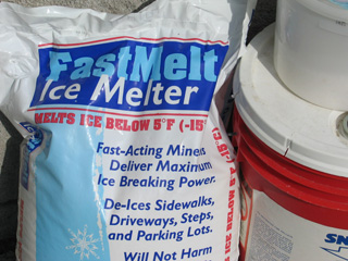 Choosing Appropriate Ice Melt Products